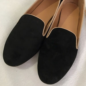 J. Crew • Addie Suede Loafers in Black/Creme
